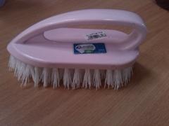 la rose carpet brush