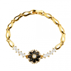 Flower Crystal Cubic Zirconia 18k Gold Plated Clasp Bracelet for Lady Golden One size