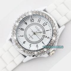 Fashion Women Silicone Watch Hot Casual Quartz Watch Ladies Wrist Watch1 white