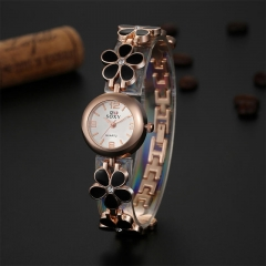 Women Stainless leaf shaped watch Brife Style quartz Watch Brand Soxy Watch Ladies Watch Clock black