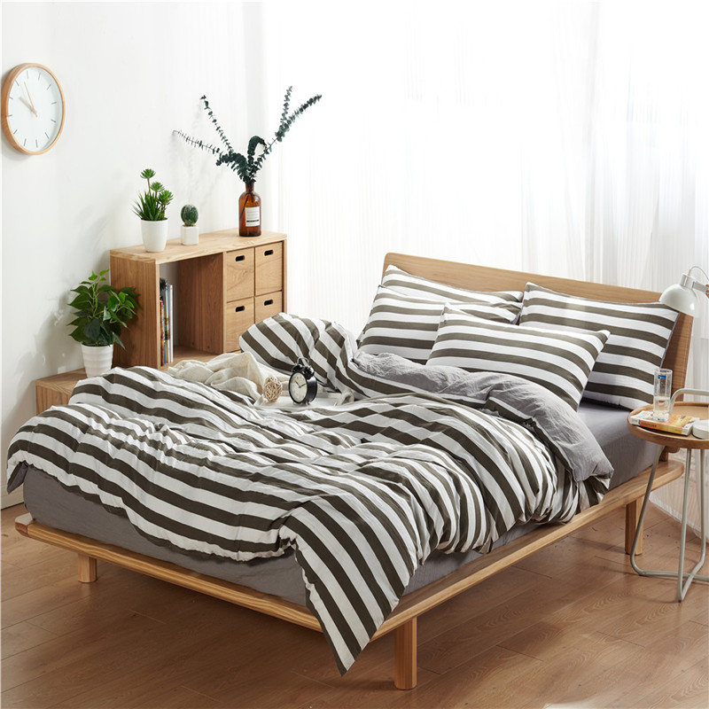 4Pcs Bedding Set (1 Duvet cover+1 Bed sheet+2 Pillow covers) Washed Padding Cotton Skin-Friendly