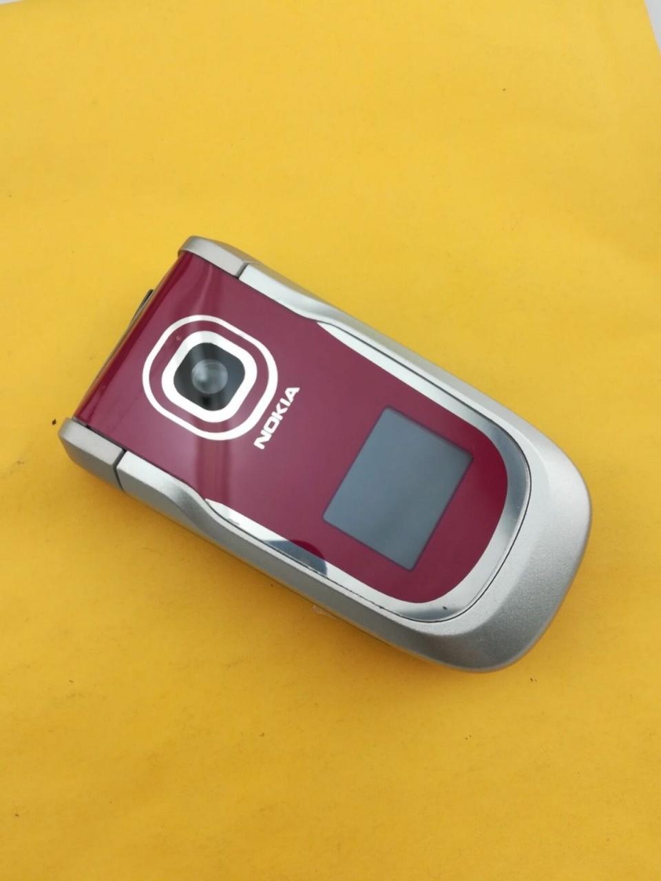Refurbished ORIGINAL Nokia 2760 Blue Silver red 100% UNLOCKED Flip Cell phone sliver 3