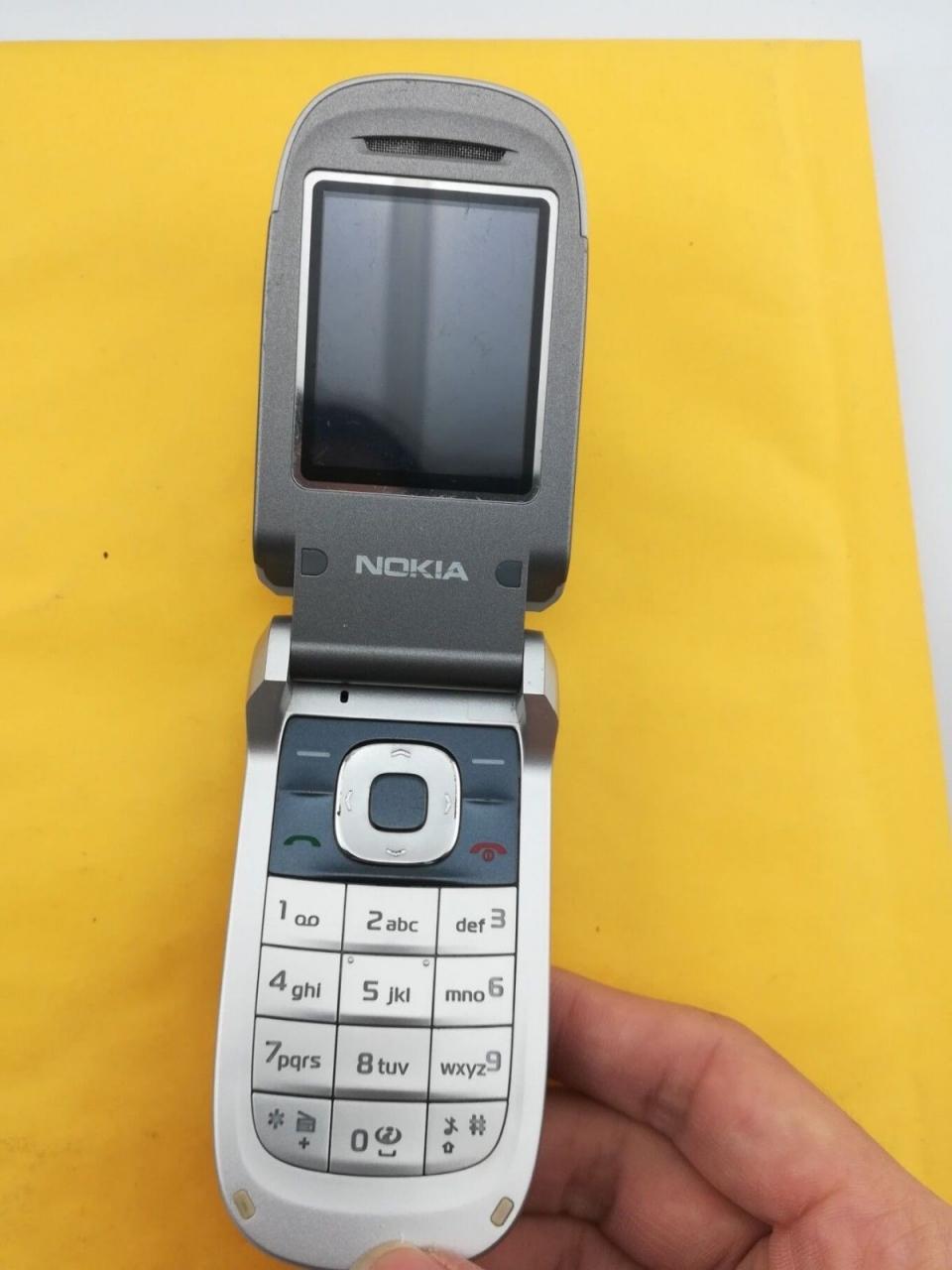 Refurbished ORIGINAL Nokia 2760 Blue Silver red 100% UNLOCKED Flip Cell phone sliver 5