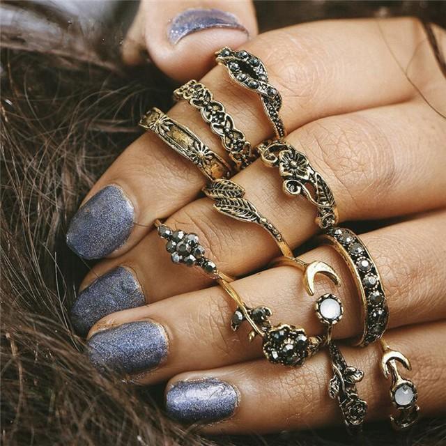 11pcs/set Women Carved Moon Ring Set Vintage Hollow Leaf Rhinestones Knuckle Finger Jewelry Rings Gold 11pcs/set