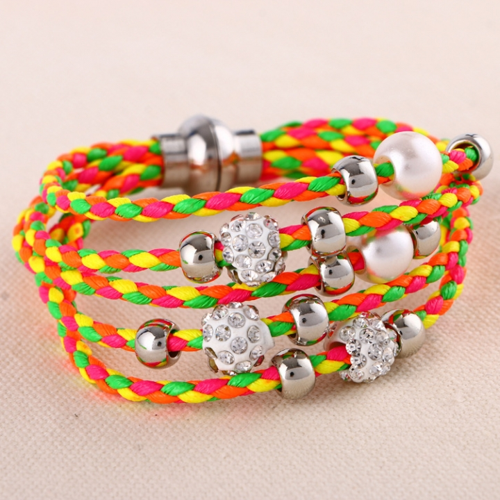 Fashion Cute Rhinestone Bracelet Magnet Button Thread Pulseira Feminina Jewelry for Gifts Random 1 PCS