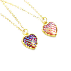 Women Fashion Mermaid Fish Scales Necklace 12mm Love Heart Pendant Chain Necklace Length 47+5cm Random 1PCS