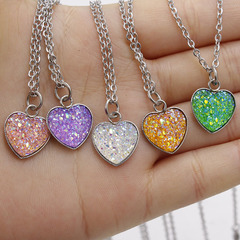 Women Fashion Mermaid Fish Scales Necklace Love Heart Pendant Chain Necklace for Wedding Jewlry Gift Random 1PCS