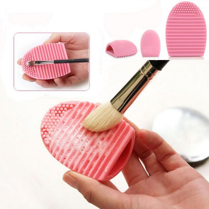 Silicone Makeup Brushegg Cleaning Washing Tools Cosmetics Makeup Brushes Scrubber BoardBrush2 pink
