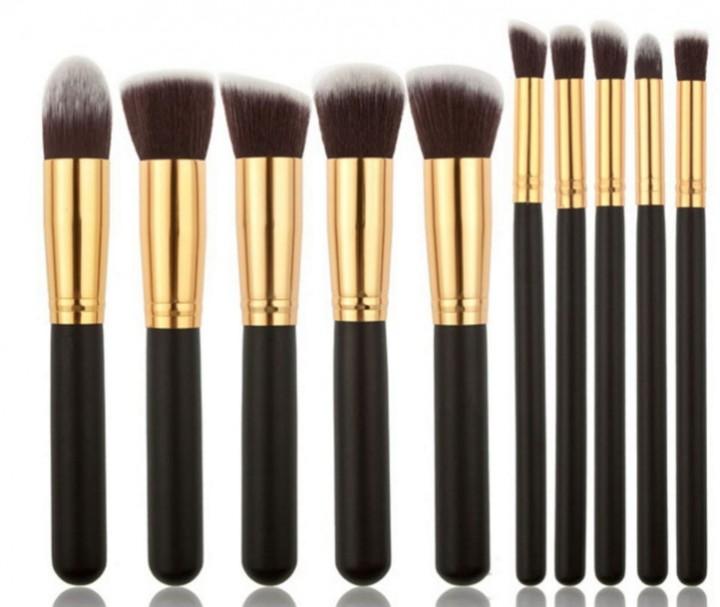 10 Pcs Makeup Brushes Superior Professional Soft Cosmetics Makeup Brush Set black