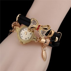 Butterfly Retro Bracelet Watches Women Lovely Wedding Quartz Wrist Watches  Delicate Female Watches 1 AS PIC