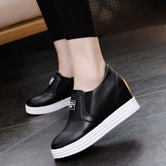 Korean version of the thick lace buckle shoes metal decoration black 35