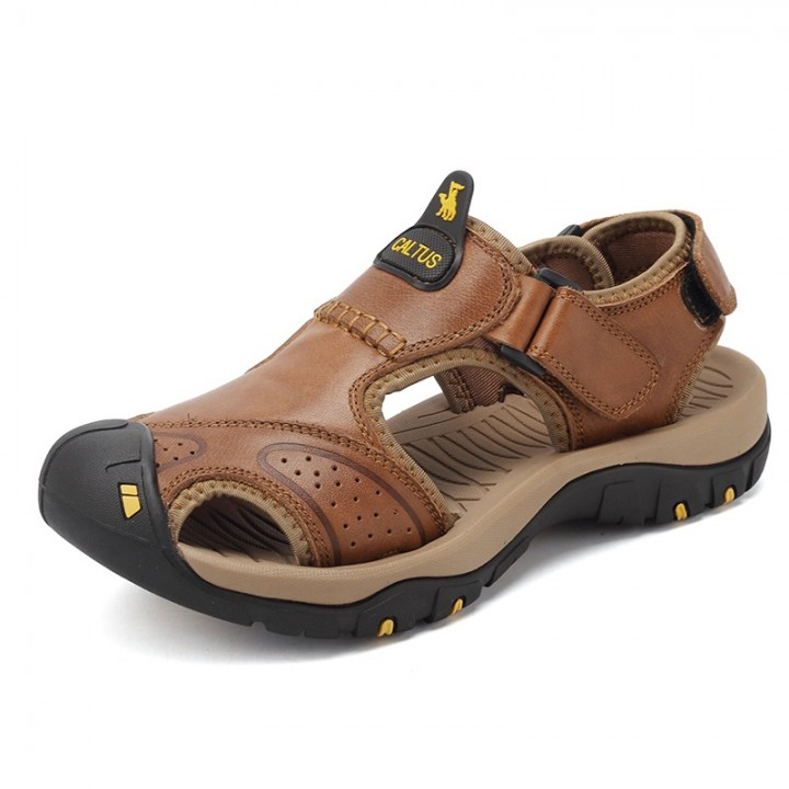 990cf1d62c05 Men s Sandals Summer Fashion Leather Beach Sandals Casual Shoes Mens  Slippers brown 38