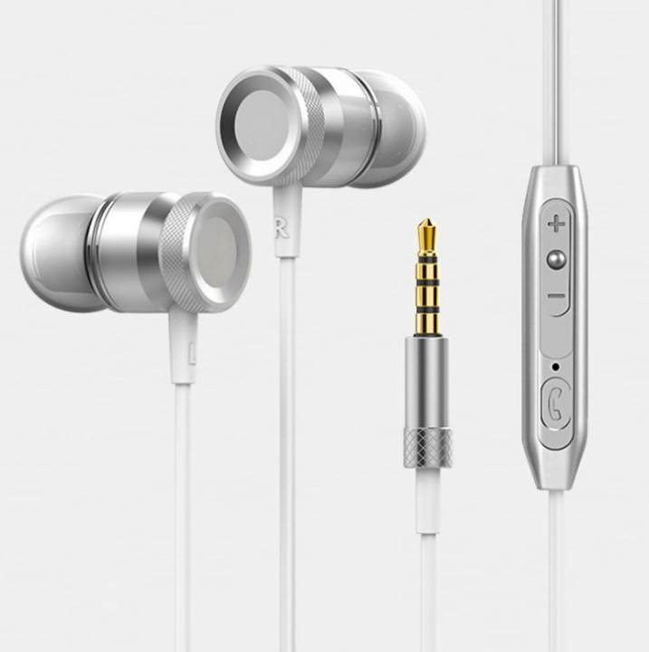 Super Bass Stereo Metal Earphones 3.5mm Jack Headset Free Hands Headphones With Mic For Phone PC silver