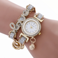 Luxury Women Watch Brands Fashion Design Bracelet Watches Ladies Wrist Watches Relogio Femininos white