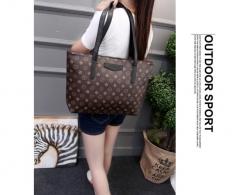 MR.S Women's large capacity print handbad shoulder bag black one size