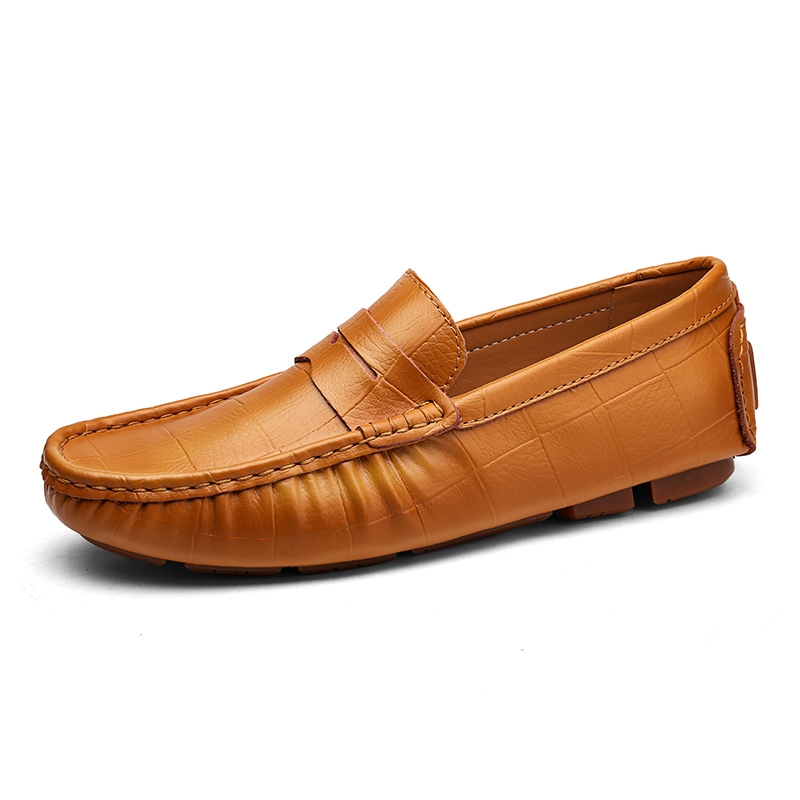 4e7fe948309 Big Men Casual Leather Loafers Solid Leather Driving Moccasins ...