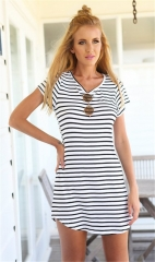 lady dresses stripe leisure style round collar dovetail short skirts white and black five size white S