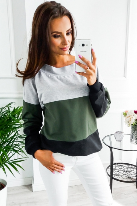 fdd0eea250f 2018 European winter leisure color mosaic sweater round neck long sleeved  blouse female Army green xl