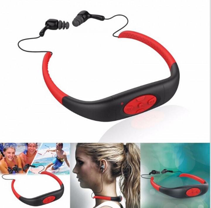 Waterproof Sports FM Radio MP3 Music Player Stereo Audio Underwater Music Player Neckband Swimming Red 5.5*3.3cm