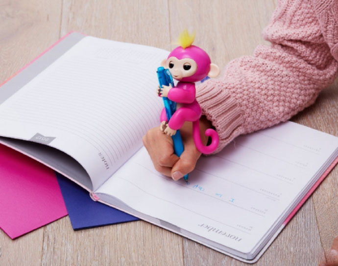 Fingerlings Interactive Baby Pet Electronic Monkey Kids Toy Funny Sound Gift Red 13*5.2*22cm