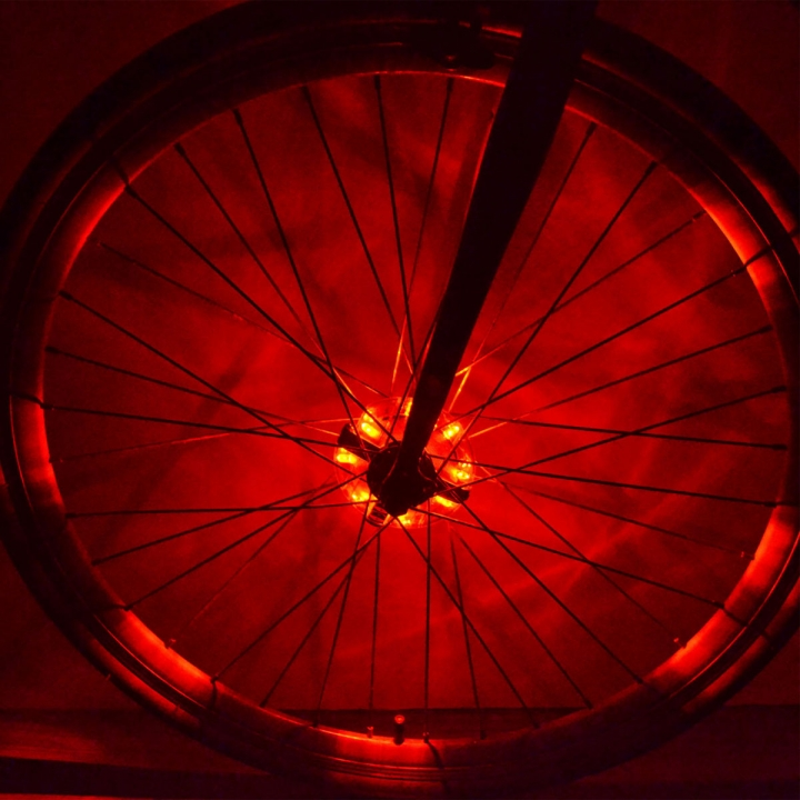 Bicycle Light Waterproof Bike Hubs Light Bike wheel Tire Hubs Warning Lamp Red for Bike
