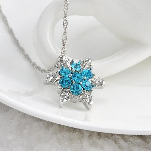 Vintage lady Blue Crystal Snowflake Zircon Flower Silver Necklaces Pendants Jewelry for Women Sky blue 23CM