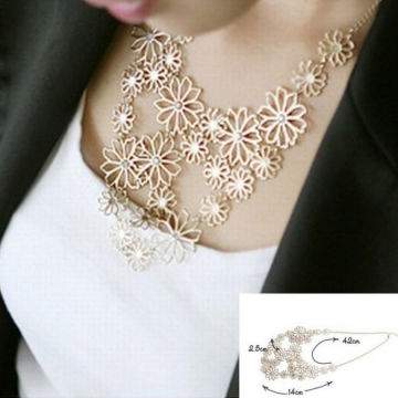 Design western style Multilayer Pendants Rhinestone gold hollow flowers necklace jewellery statement gold one size