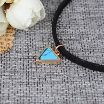Punk Jewellery Women Short Velvet Choker Necklaces With Triangle Faux Stone From Christmas Gift blue one size