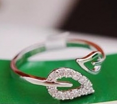 IFeel new two anti-drilling leaves retro Korean female couple rings jewelry influx of people gold one size