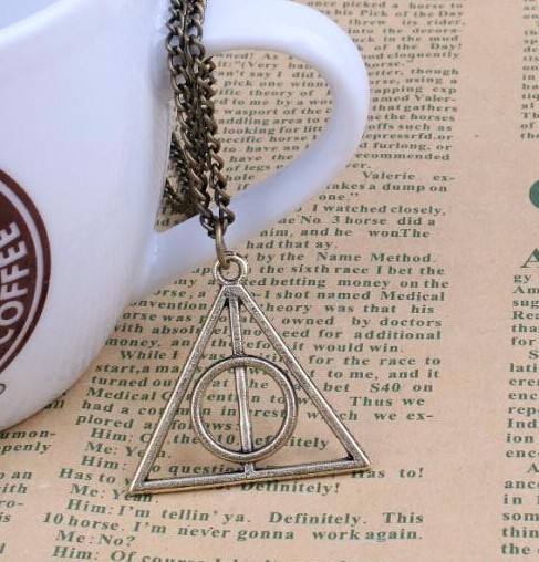 IFeel Europe necklace Luna Cinema Harry Potter Harry Potter and the Deathly Hallows triangle pendant Antique Bronze Plate one size