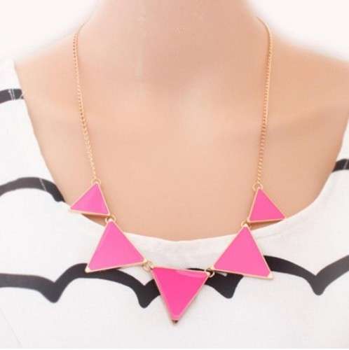 Hot geometrical Triangle Necklace Fashion choker necklace Jewelry for women vintage accessories pink 30cm