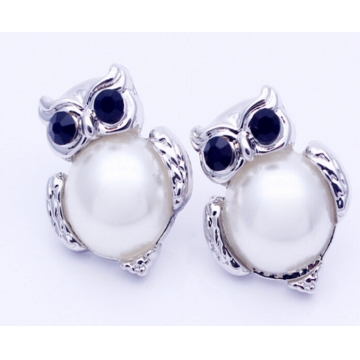 IFeel New Design Crystal Women Charms Owl Stud Earrings Cute Jewellery Plated Trendy For Wedding photo color 2 one size