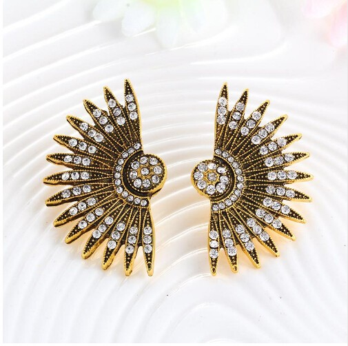Unique Earring Rhinestone Decoration Personality Stud Earrings For Women Gypsy Beach Jewelry gold one size