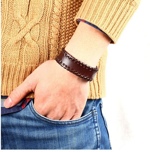 Fashion Vintage Men Bracelet jewelry Wide leather strap with Button Bracelet Bangle for women brown one size