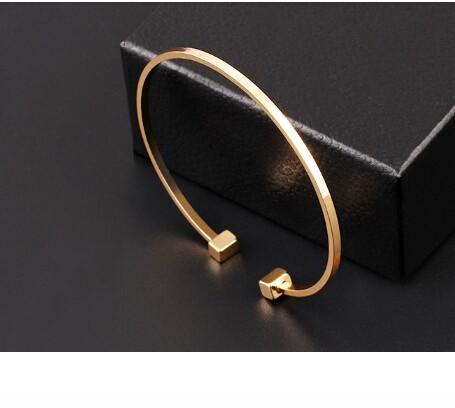 Classic Geometric Round Alloy Bangle Simplicity Adjustable Design Bracelet Jewellery Open Women gold Bracelet *1