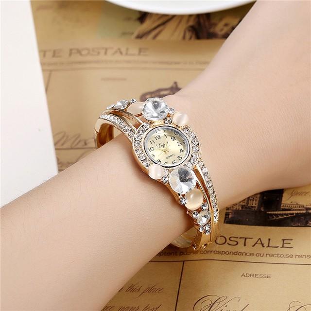 Shining Stone Watch Fashionable Watch Female Wristwatch Red Blue White Watch Cestbella pure white