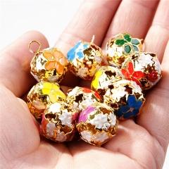 18mm Colorful Flower Hollow Pet Bell Jingle Bells Decoration for Pet 1pc random color diameter 1.8cm