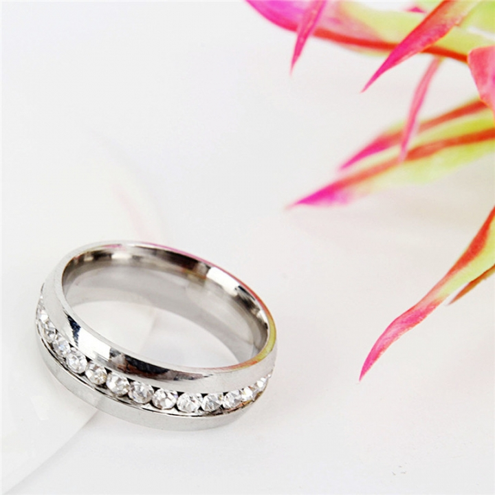 Fashion Stainless Steel Rhinestones Rings for Women Small Surround Jewelry silver no size