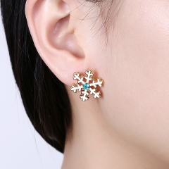 Christmas Snow Flake Women Stud Earrings Blue Zircon Classic Fairy Tale Girls Jewelry Gifts gold plated 1.9cm