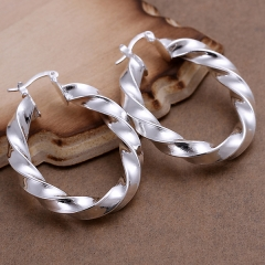 Fashion Round Twist Silver Earrings Girl  Exaggerated Empty Twist Stud Earrings for Women Jewelry silver 4.3 x3.2cm