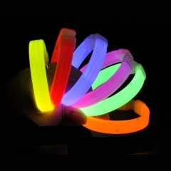8 Inch Slap Bracelets Dazzling Toy Arm Bands Glow in the Dark for Parties Sports Camp muti-color *25