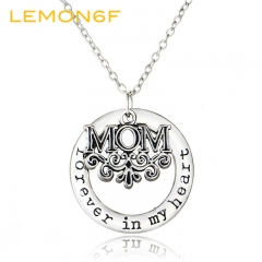 Mothers Day Gift Mom Necklaces Classic Forever in My Heart Necklace Pendant Zinc Alloy Fine Jewelry silver color one size