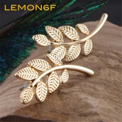 Beautiful fashion Plant leaves metal golden stud earrings Women Jewellery Gift gold color 1 pair