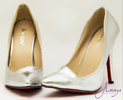 SHARP POINTED SILVER HEELS SIZE 38