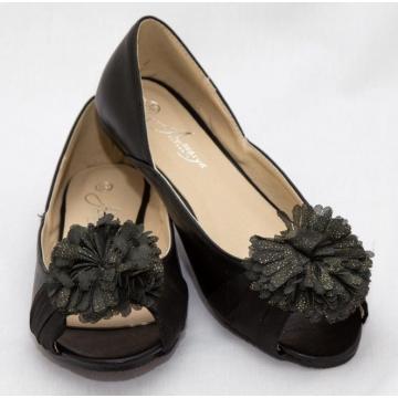 Amaiya Elegance peep toe with a flowery bow black 40