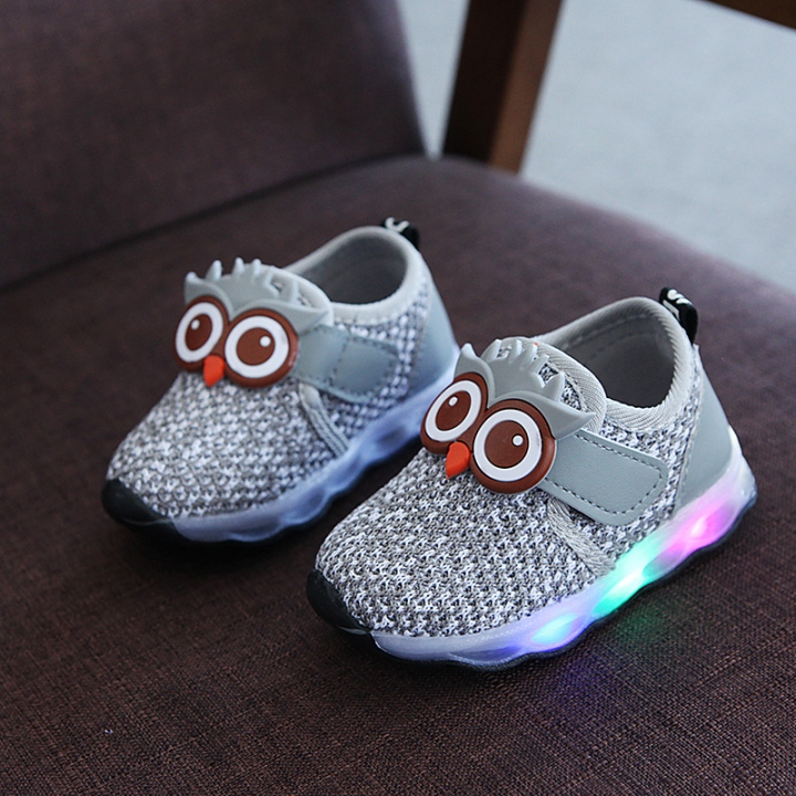 New funny cartoon unisex boys girls Pu LED lighted kids sneakers glowing  flash children casual shoes 6d7866cd1e5d