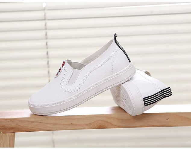 8240f82361 New unisex Children Flat shoes Canvas Rubber Boys Girls Sneakers  Comfortable Slip On Child Footwear white 3