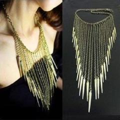 Fashionable simple necklace exaggerated rivet tassel necklace gold one size
