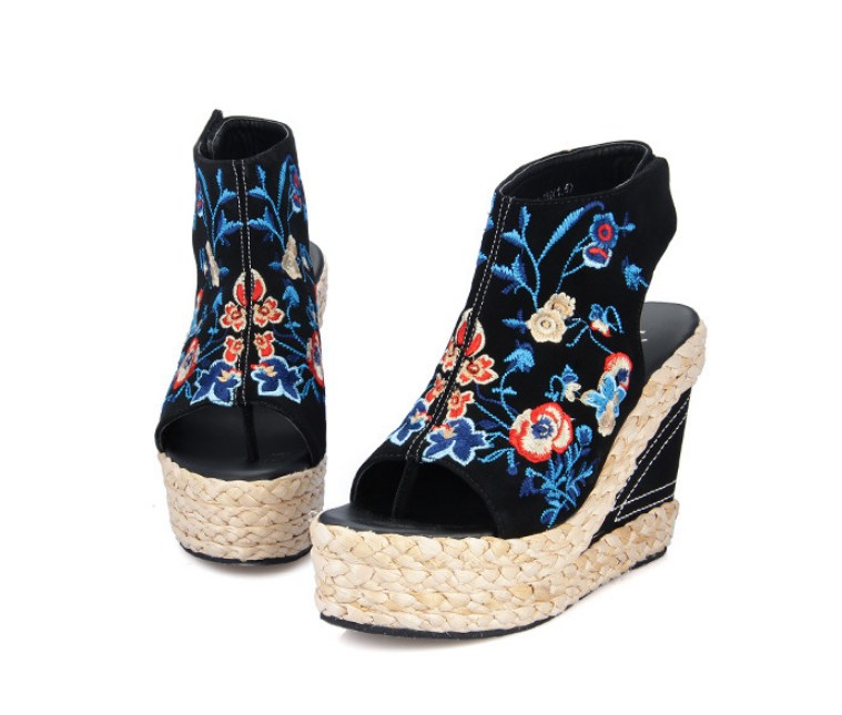 Women female thick bottom printed fish mouth high heels wedge Gladiator  sandals shoes. Color black 6eaa63e9ce7d
