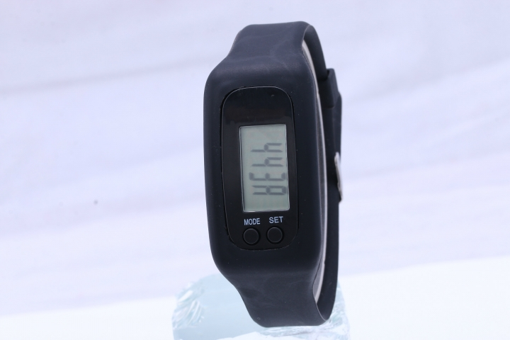 Led Multifunction fashion movement Pedometer Hand ring table Silica gel gift Watch black